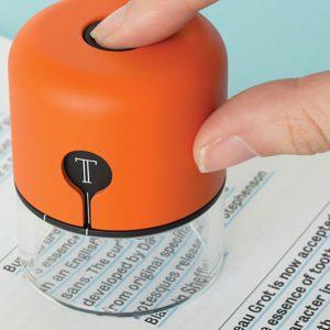 Spector, um gadget que reconhece fontes e cores de impressos e fachadas